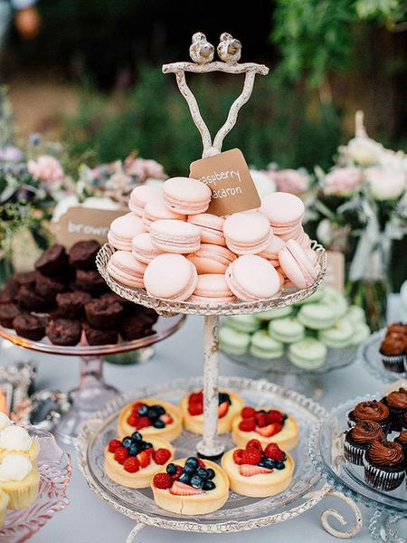 Astonishing 10 Delicious Wedding Dessert Bars Interior Design Ideas Tzicisoteloinfo