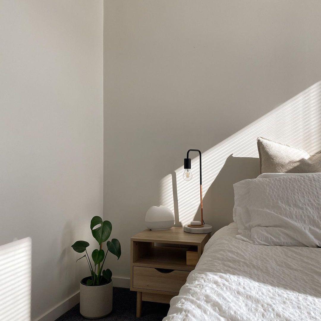 simple aesthetic room