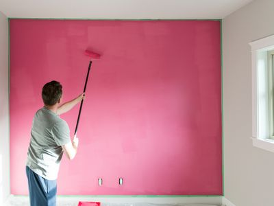 How To Correctly Paint Walls With A Paintbrush