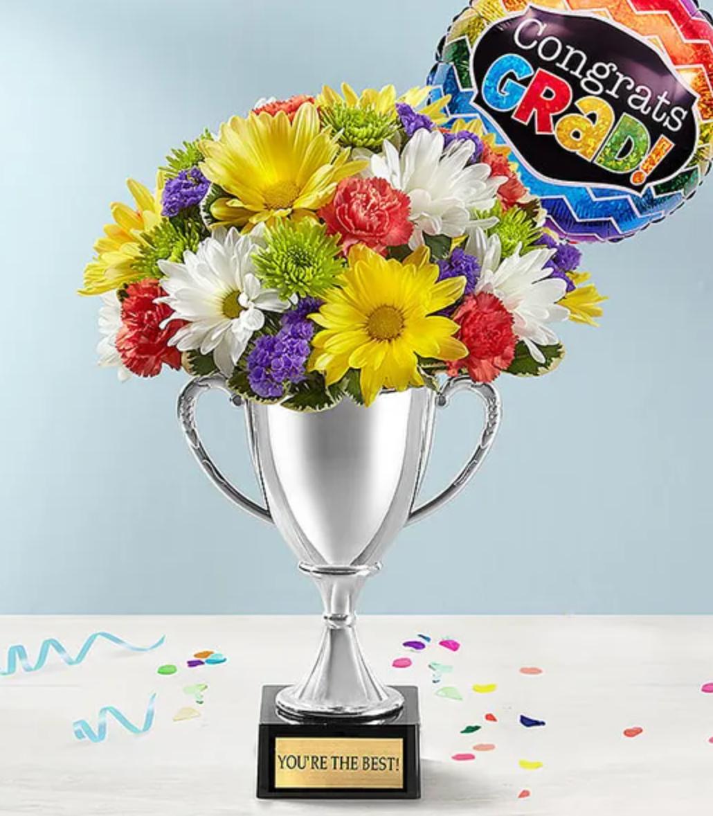 Trophy Bouquet Graduation
