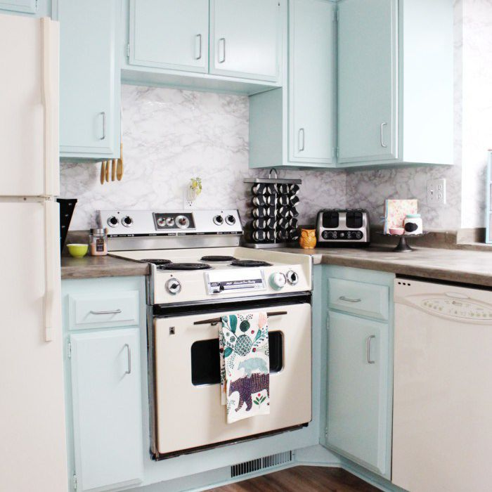 DIY Painted Cabinets