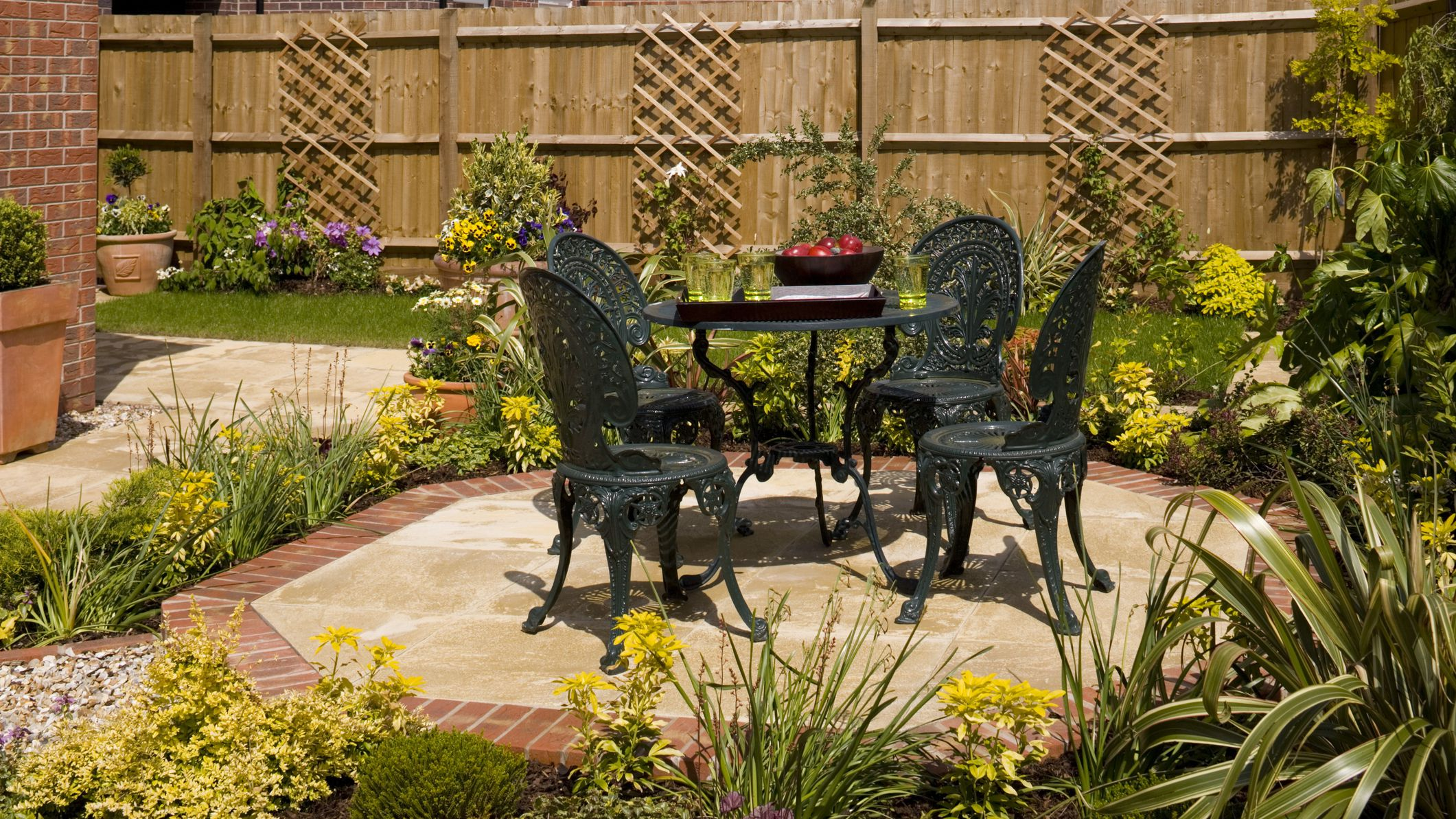 How To Clean Wrought Iron Furniture And Railings