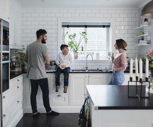 Kitchen Organization - How to organize your kitchen cabinets