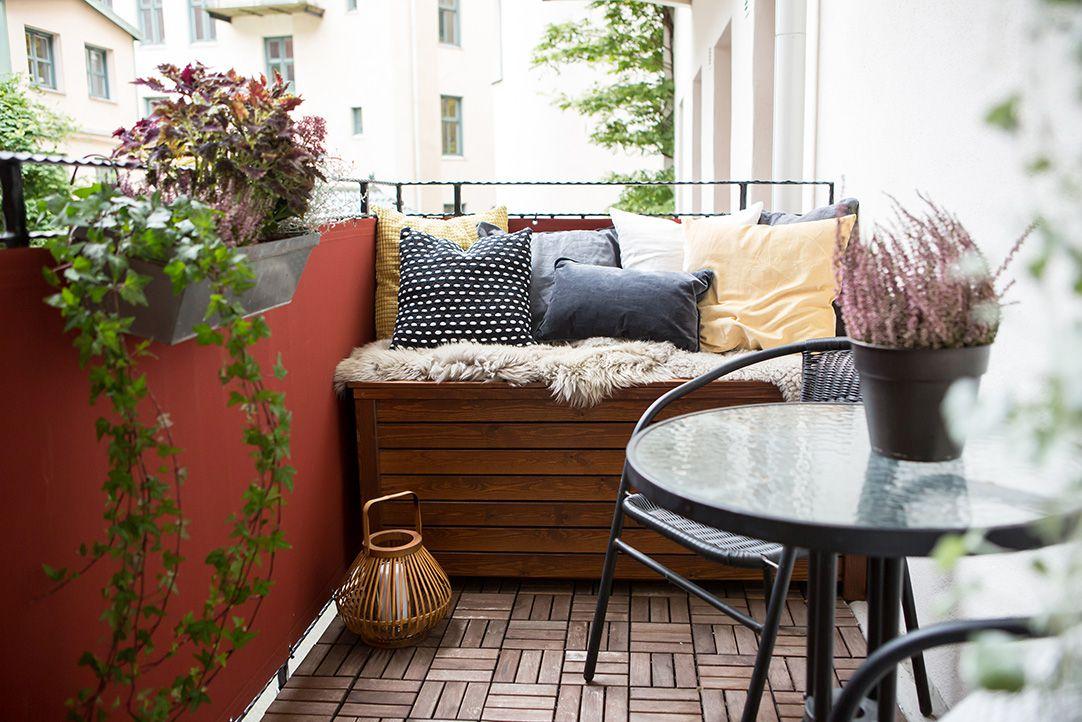 tejas en el balcón pequeño