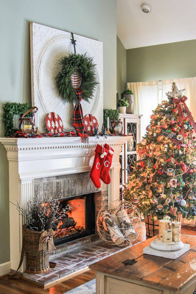21 beautiful ways to decorate the living room for christmas - Pictures of decorated living rooms ...