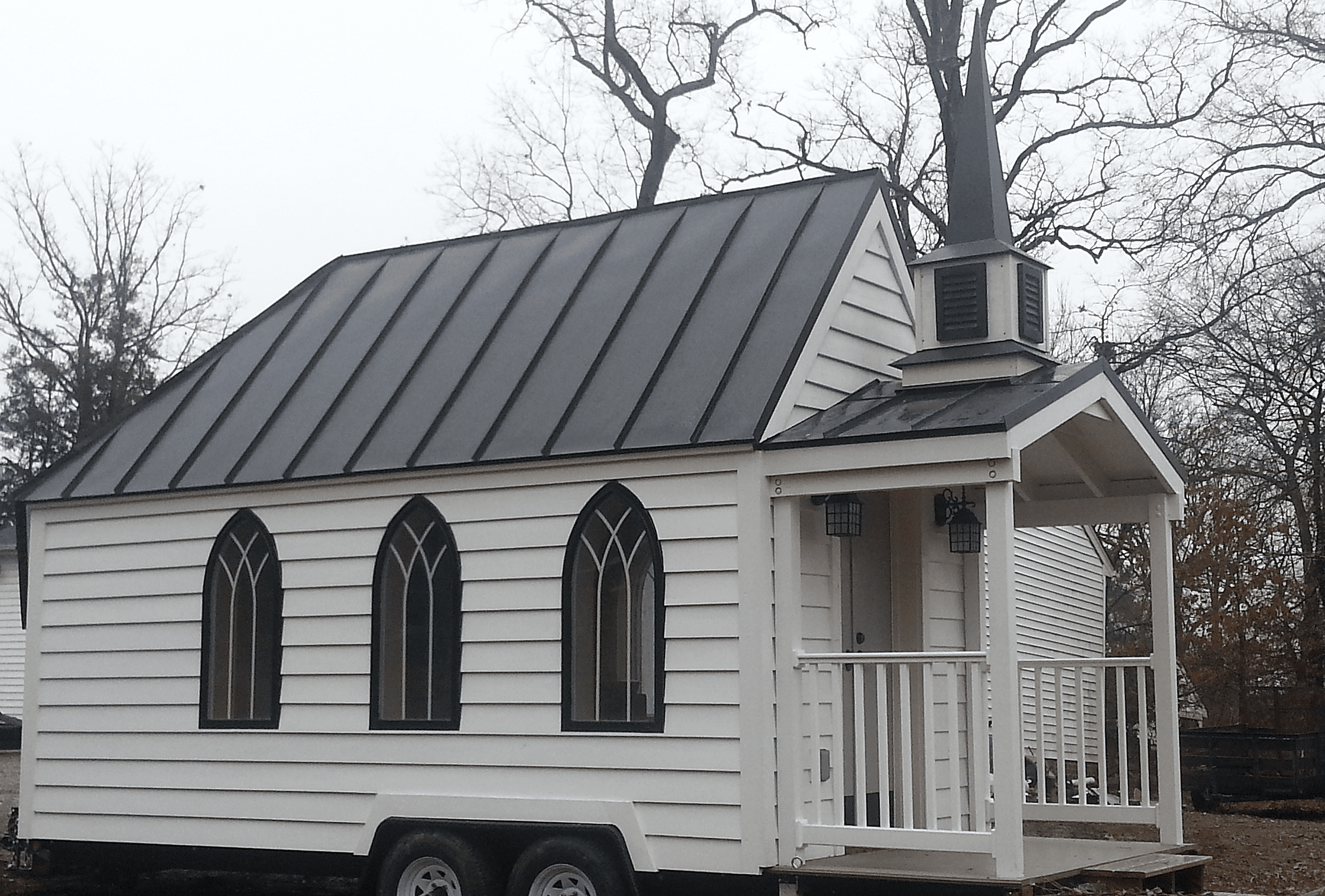 Tiny House Chapel Is The Cutest Wedding Venue