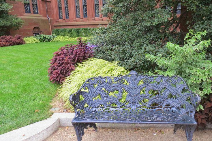 Cast Iron Garden Furniture History And, Rod Iron Garden Furniture