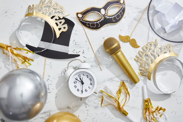 New Years Eve game items for kids