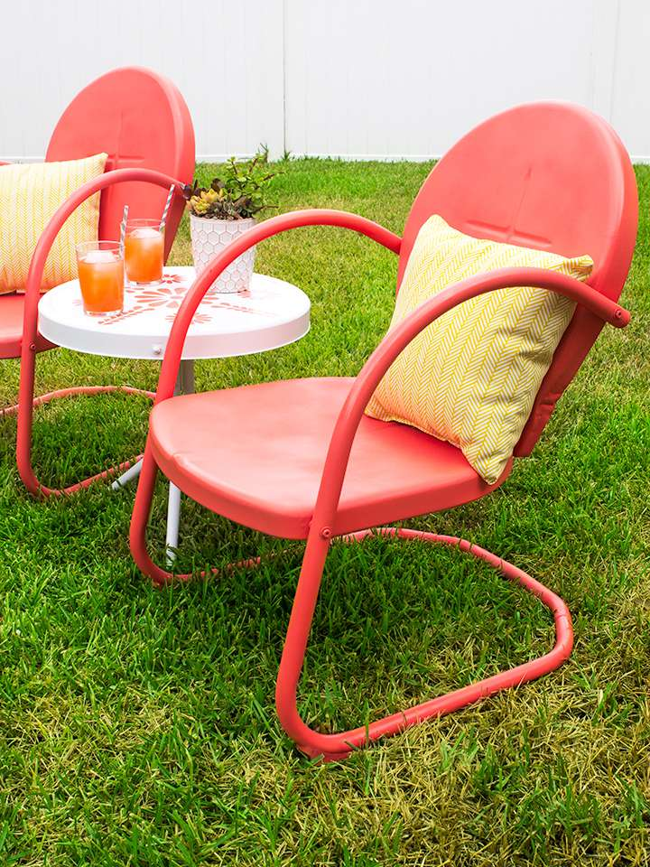 DIY Painted Patio Chairs Makeover