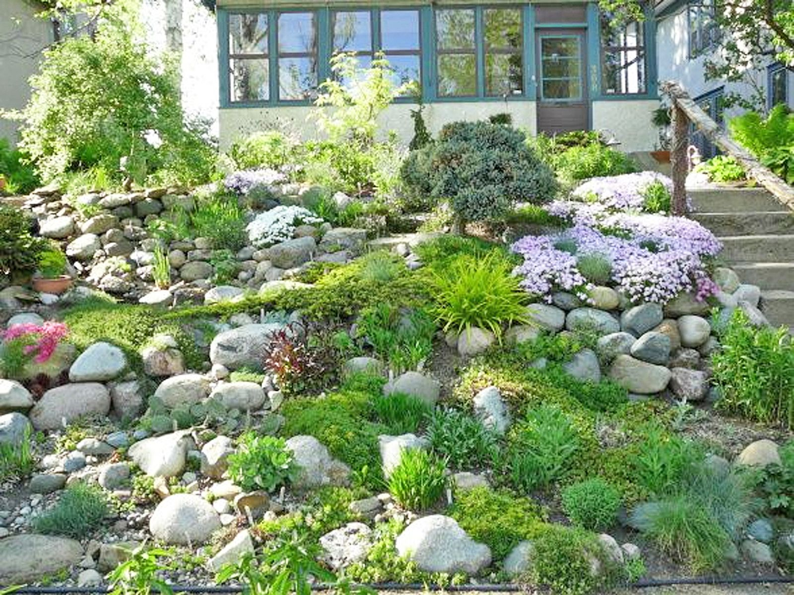 13 Hillside Landscaping Ideas to Maximize Your Yard on muddy backyard ideas, hill backyard ideas, boring backyard ideas, slope backyard ideas, dry backyard ideas, hilly backyard ideas, green backyard ideas, narrow backyard ideas, small backyard ideas, medium backyard ideas, expensive backyard ideas, sport backyard ideas, long backyard ideas,