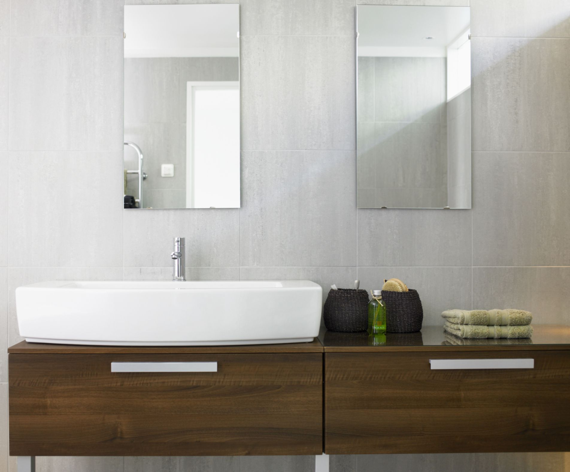 A Wall-Mounted Bathroom Counters Picture Gallery