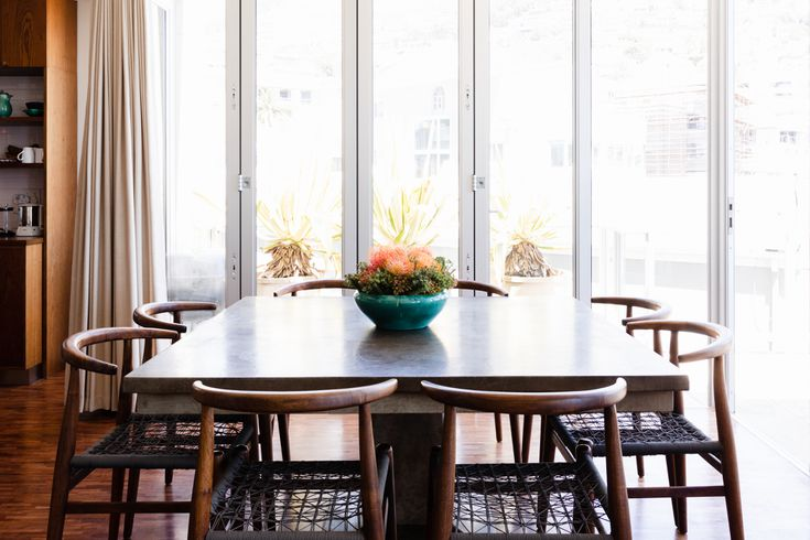 Standard Dining Table Measurements, Big Round Dining Room Tables