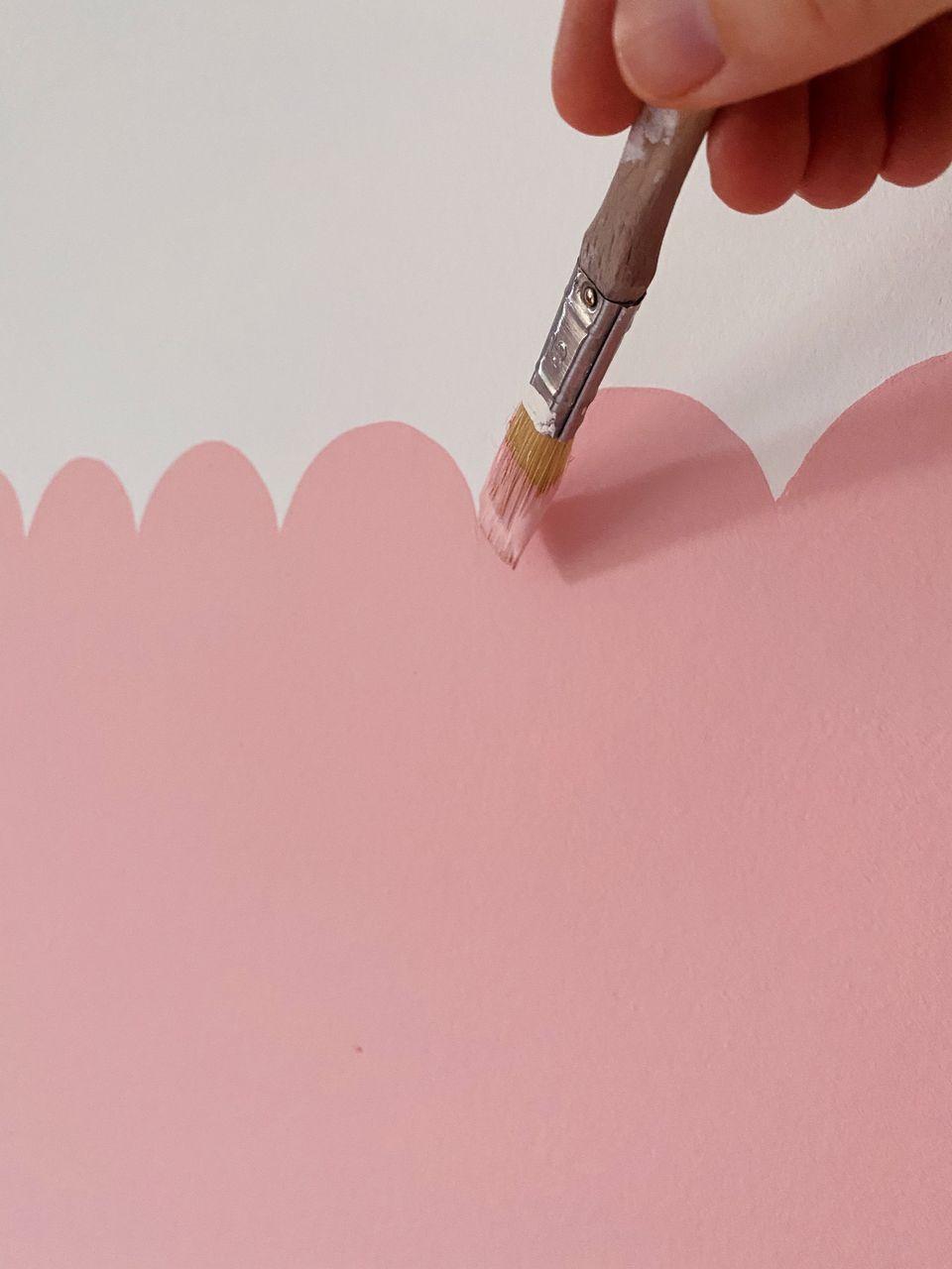 scalloped edge painting