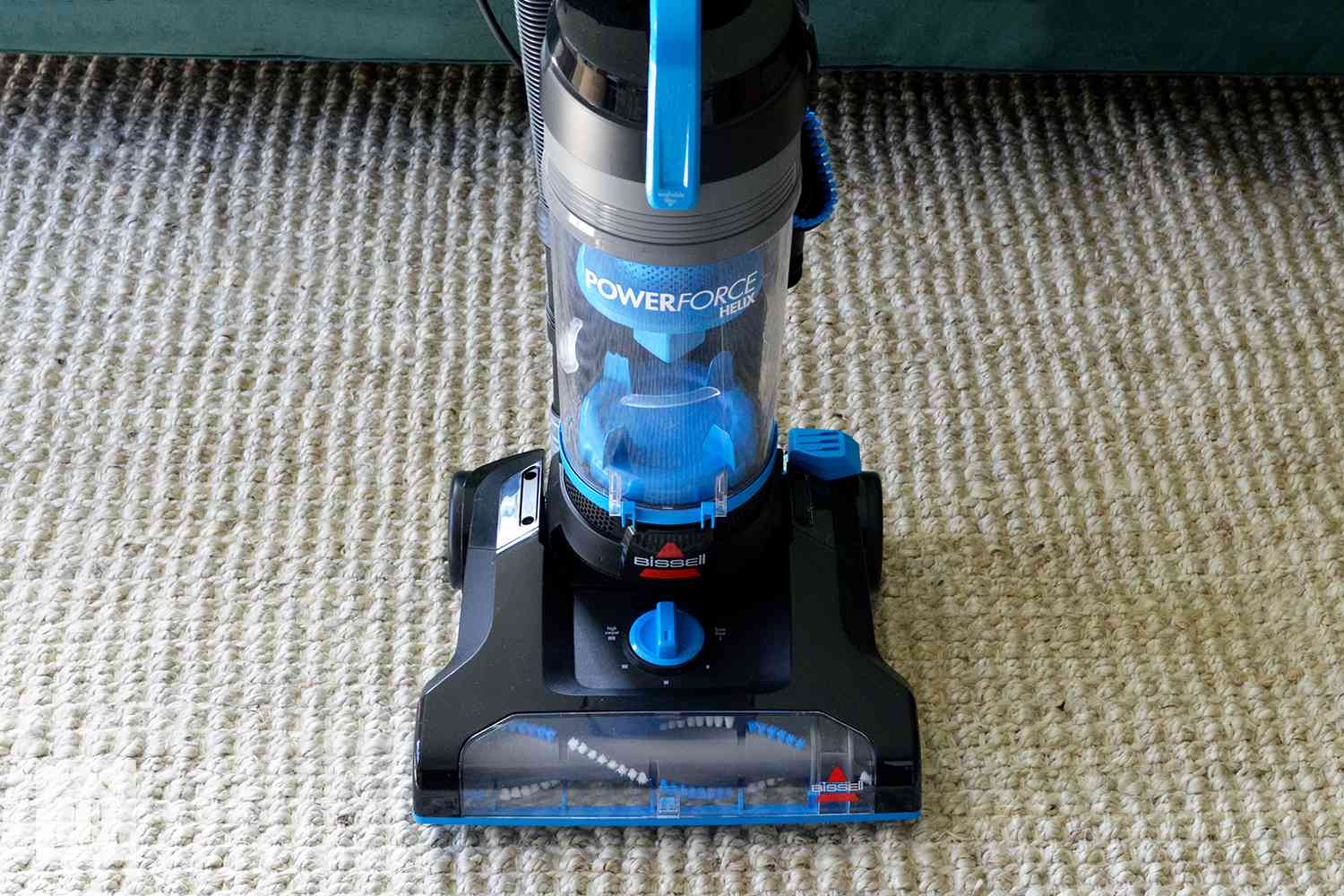 Bissell Powerforce Helix Vacuum Review No Frills Gets The Job Done