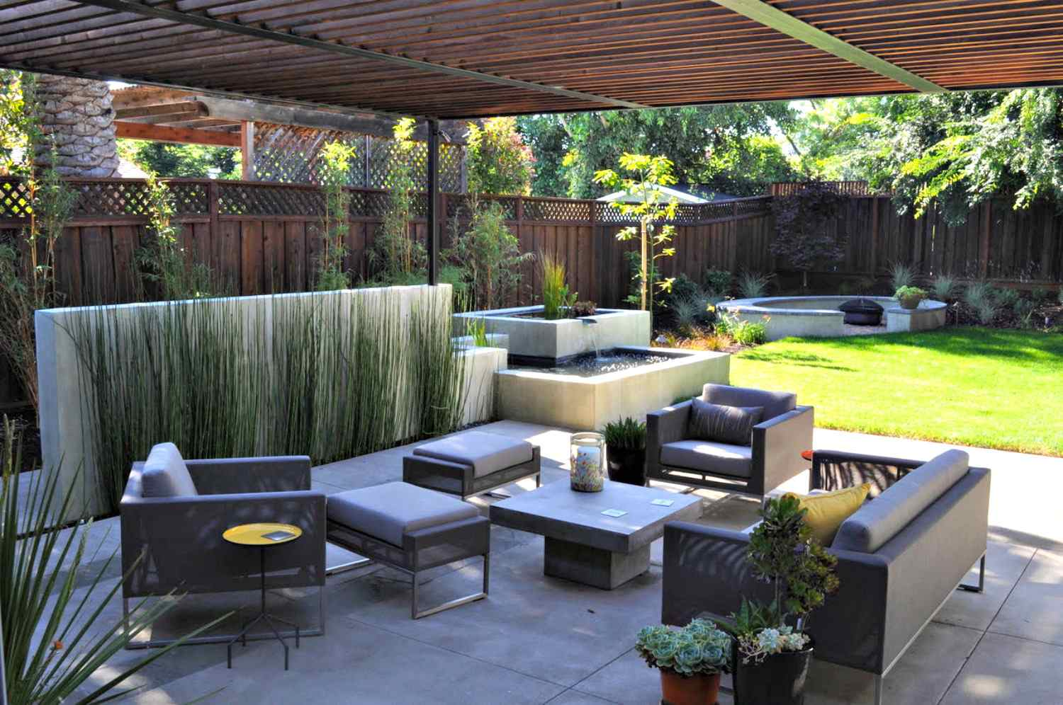 14 Modern Garden Designs and Ideas