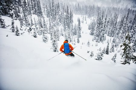 c5d8e2885 How to Properly Care for Snow and Ski Wear