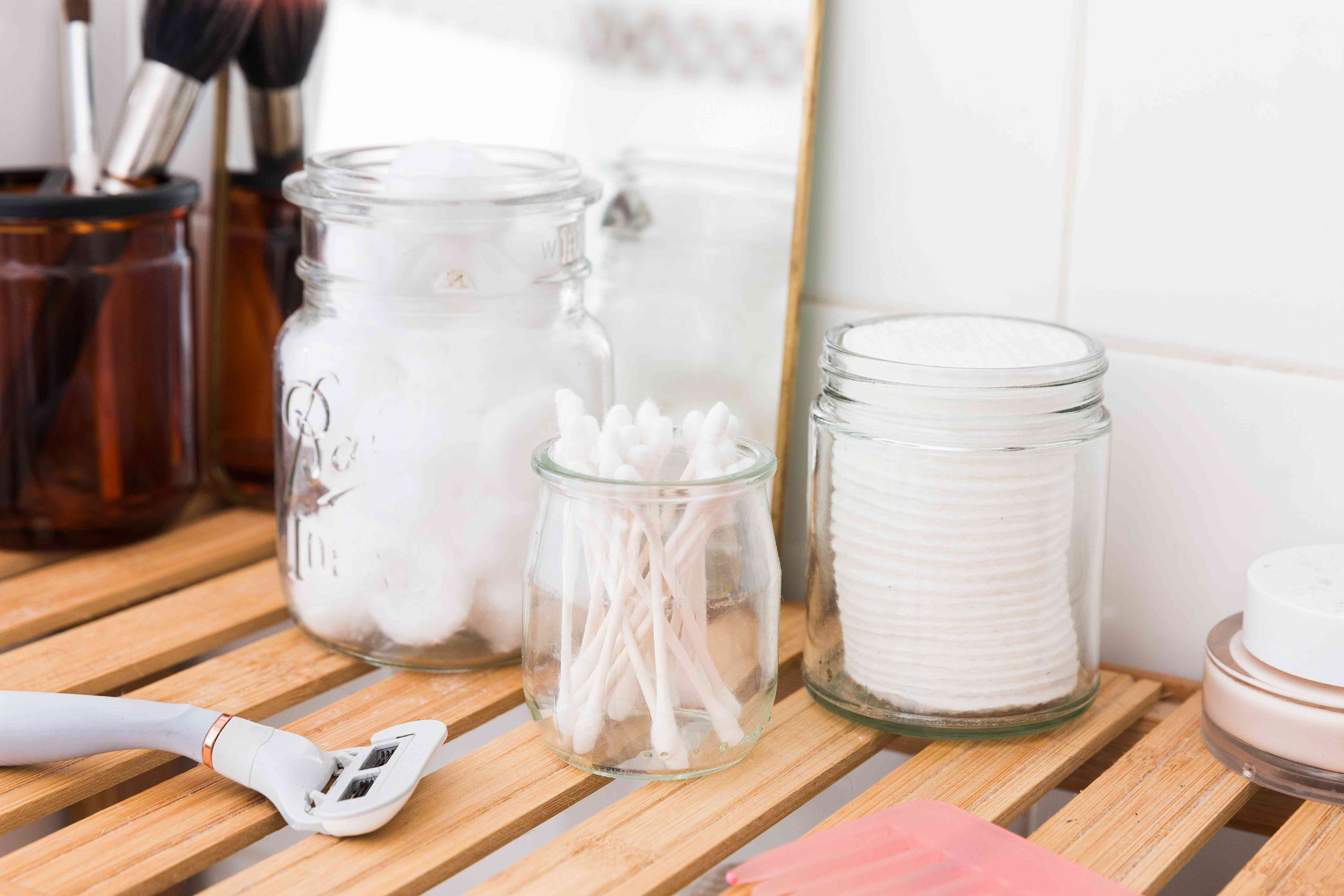 using jars to store toiletries