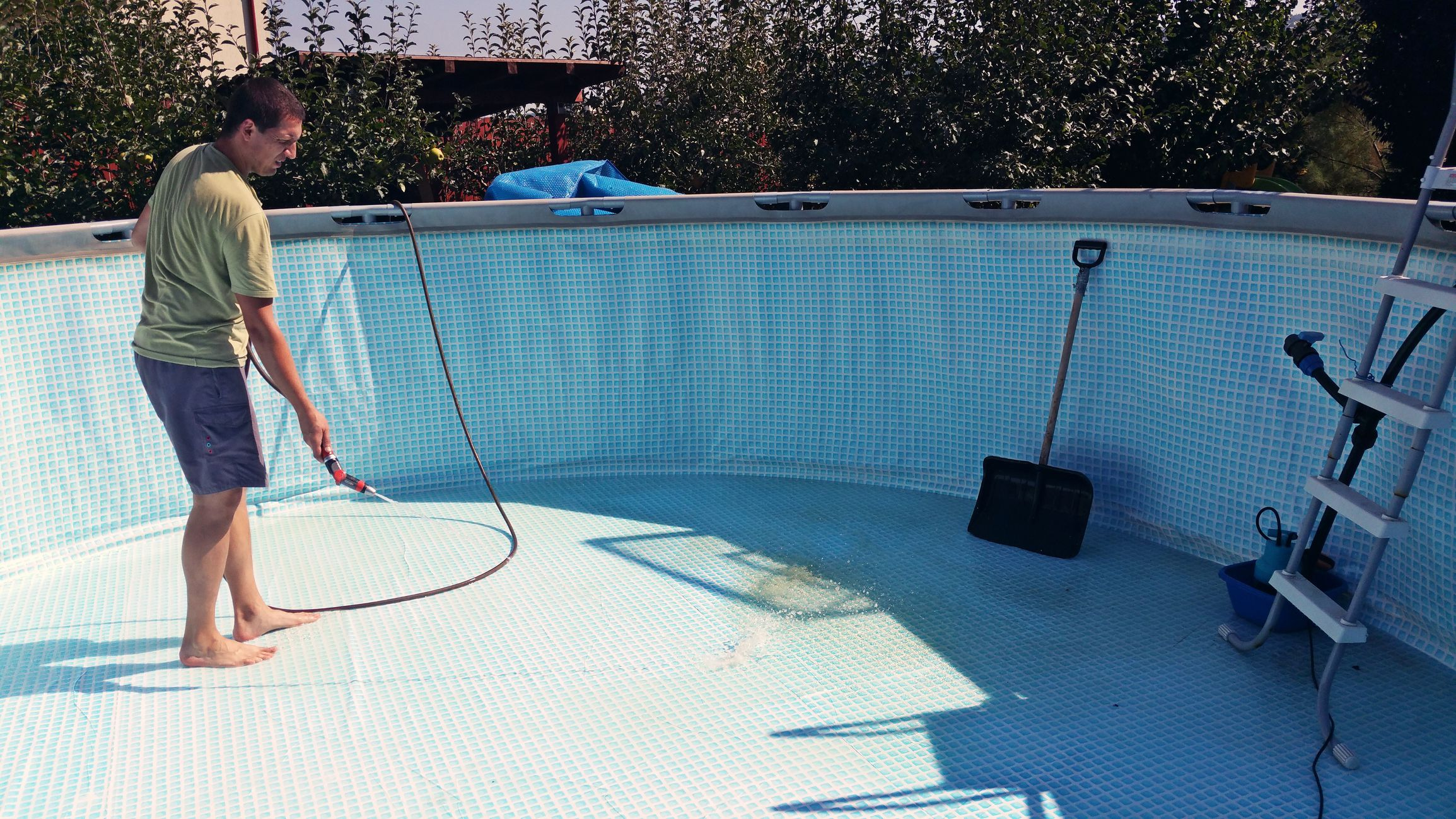 How To Winterize Your Above Ground Swimming Pool