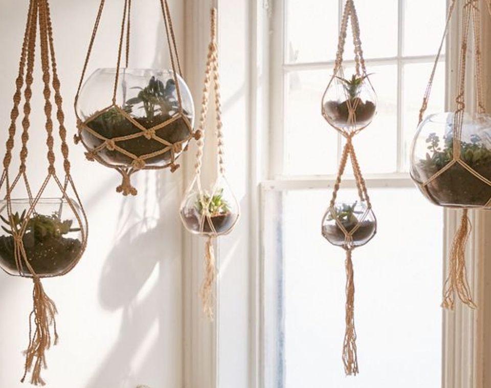 Hanging macrame plant holder