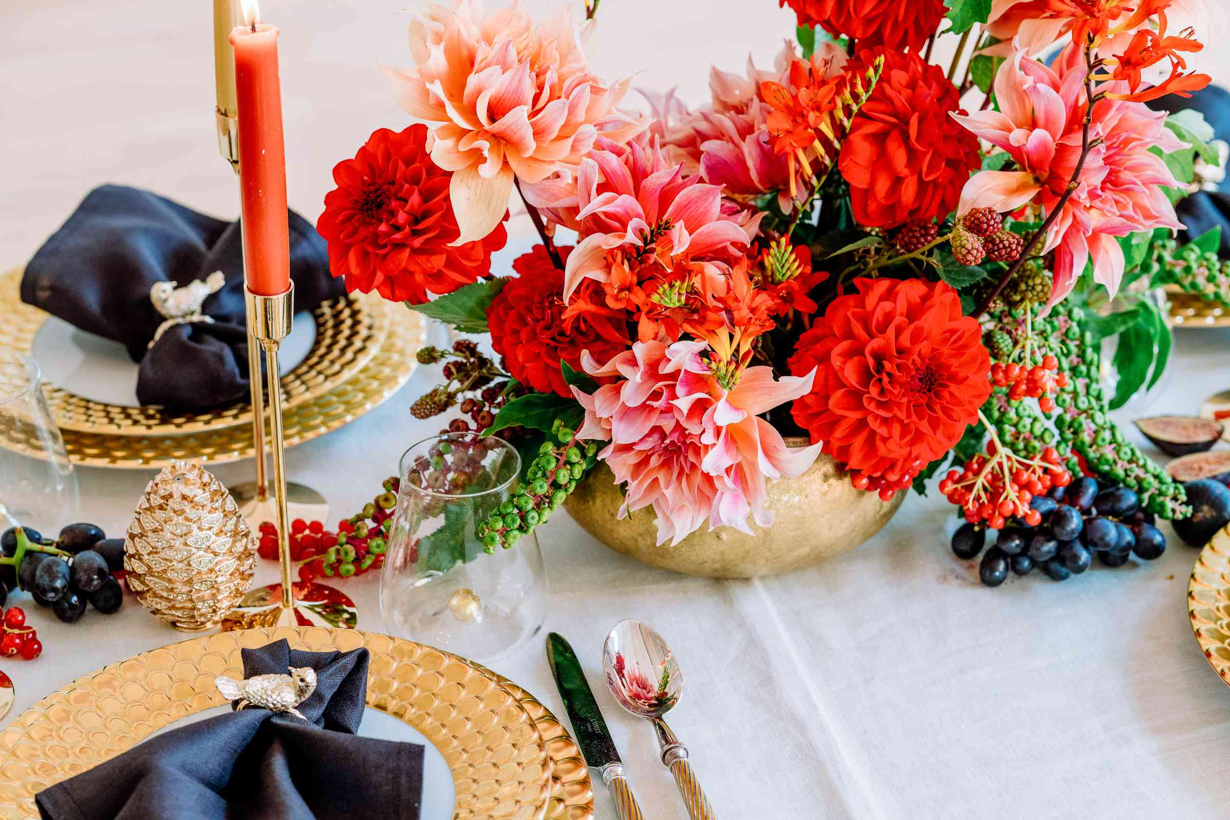 Fall tablescape with bold floral centerpiece
