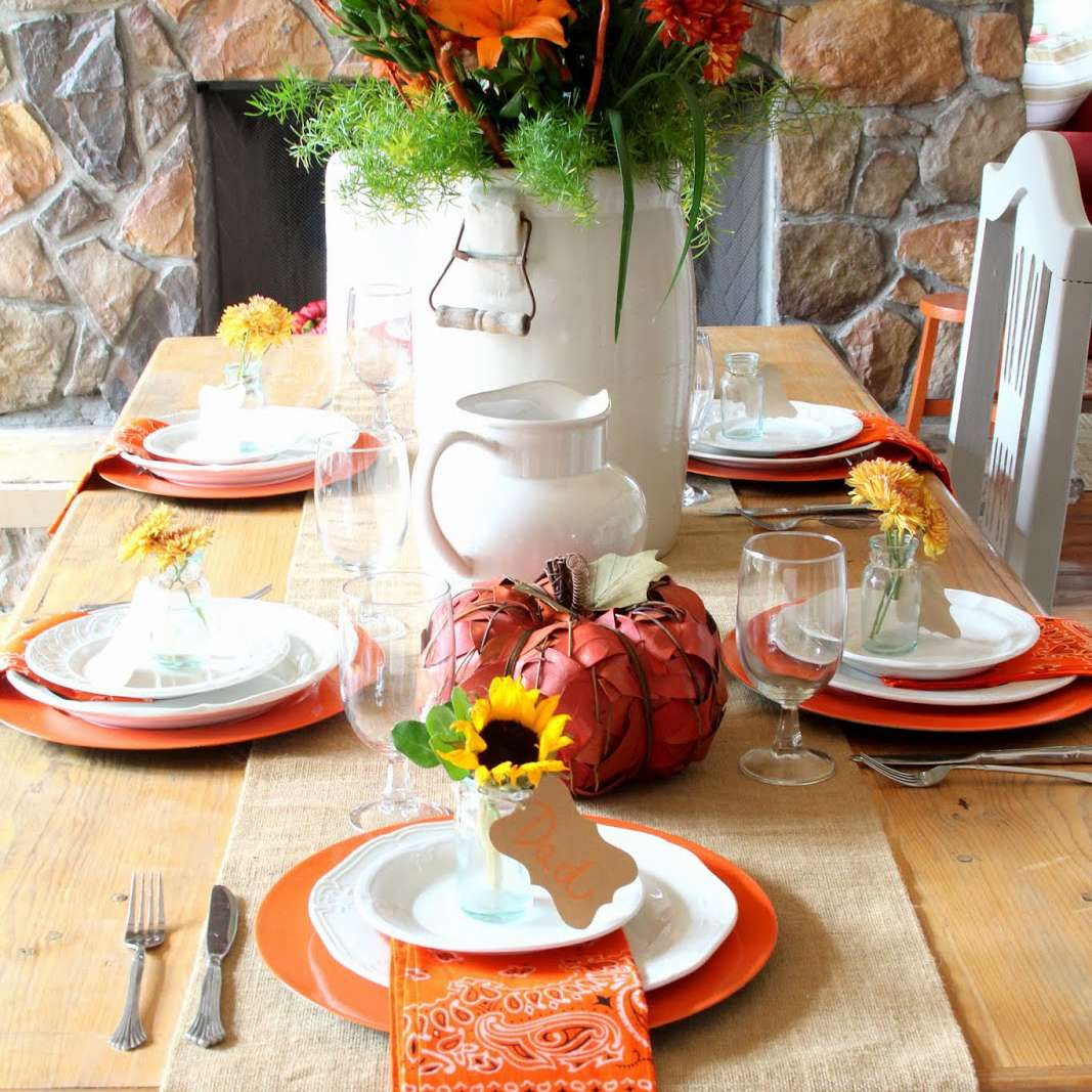farmhouse thanksgiving table