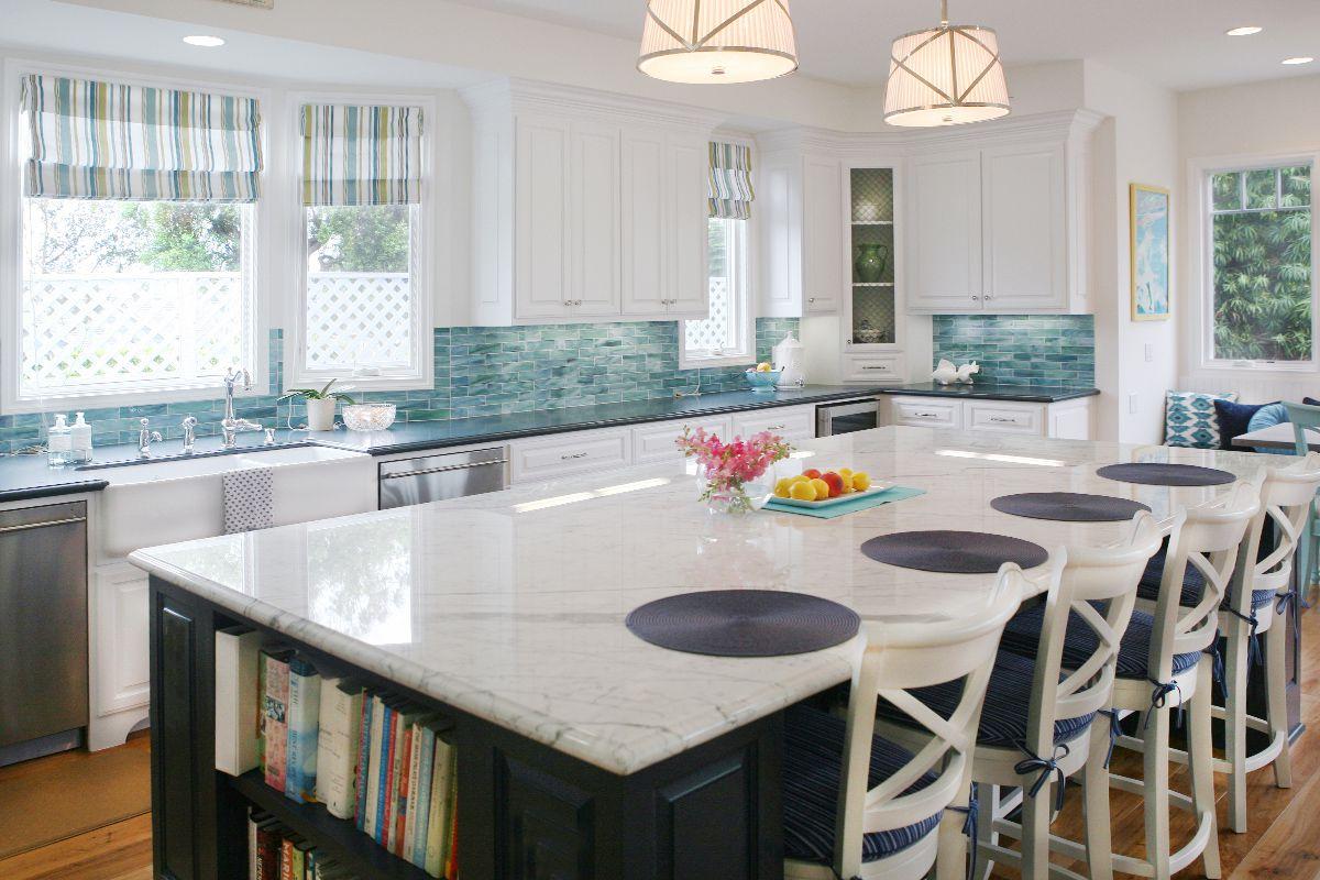 cocina blanca costera