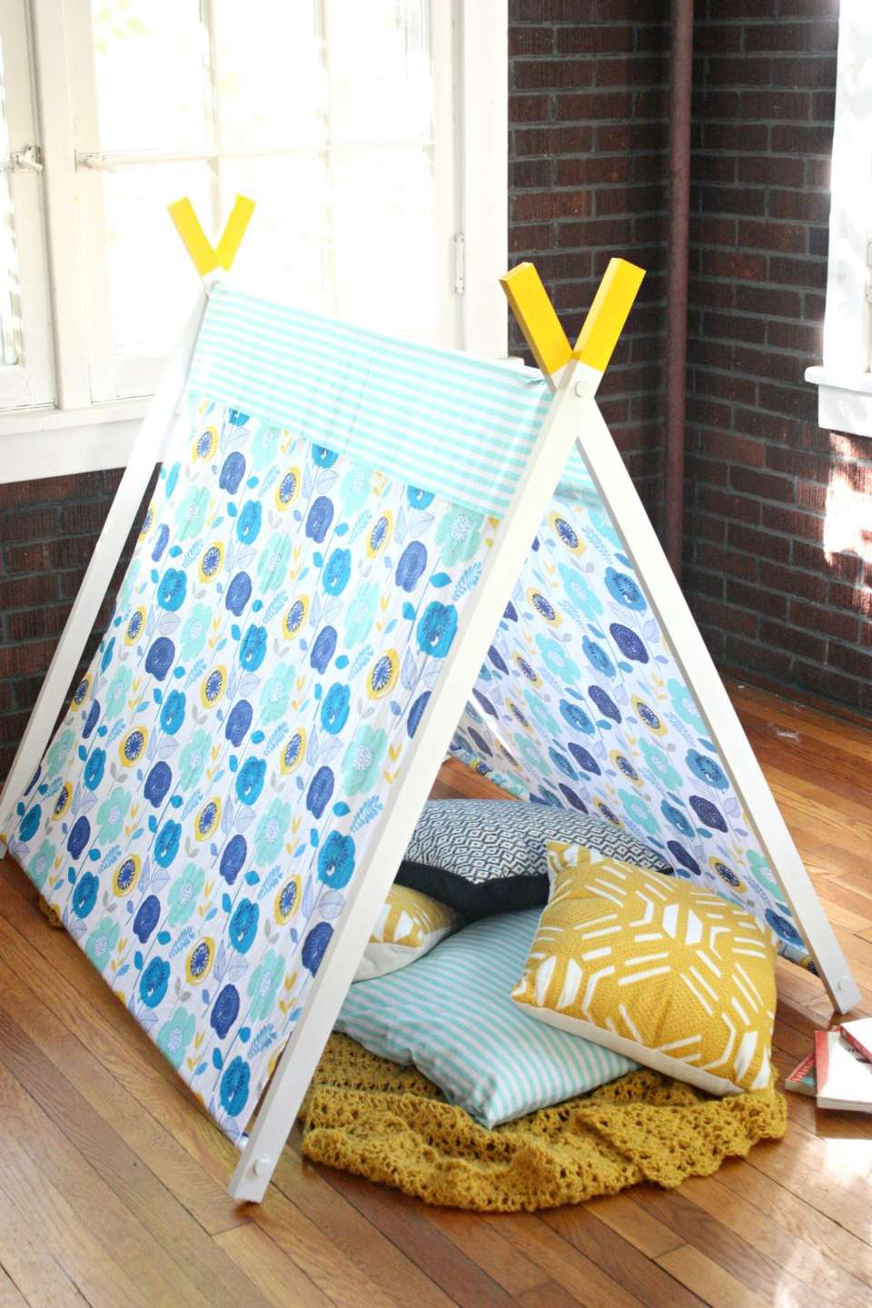 A blue and yellow tent