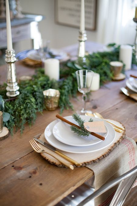 rustic table setting - Christmas Table Decorations