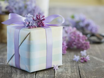9 creative ways to make opening bridal gifts fun