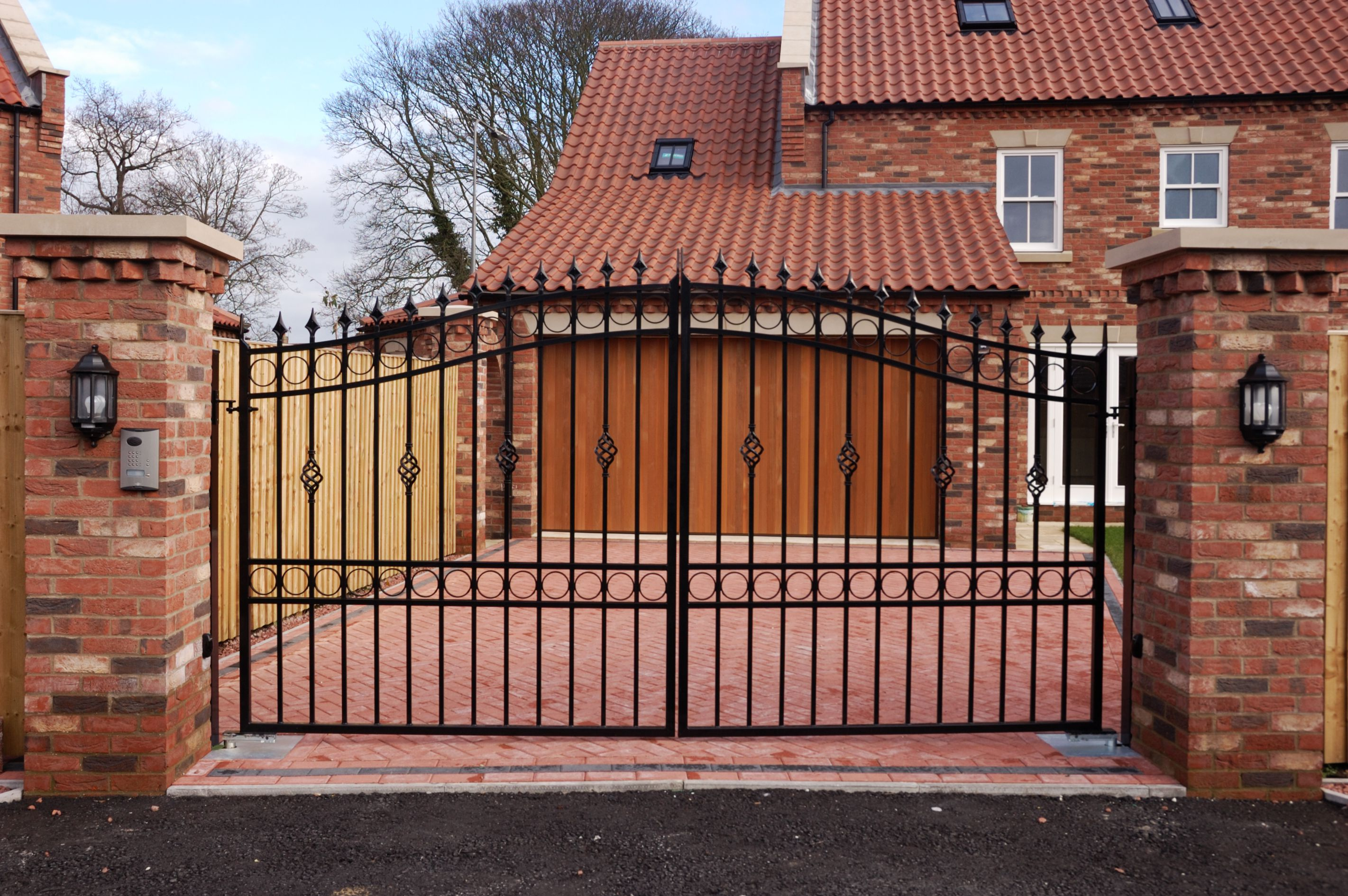 Installing Driveway Gates For Homeowners