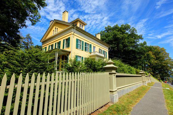 Emily Dickinson's home