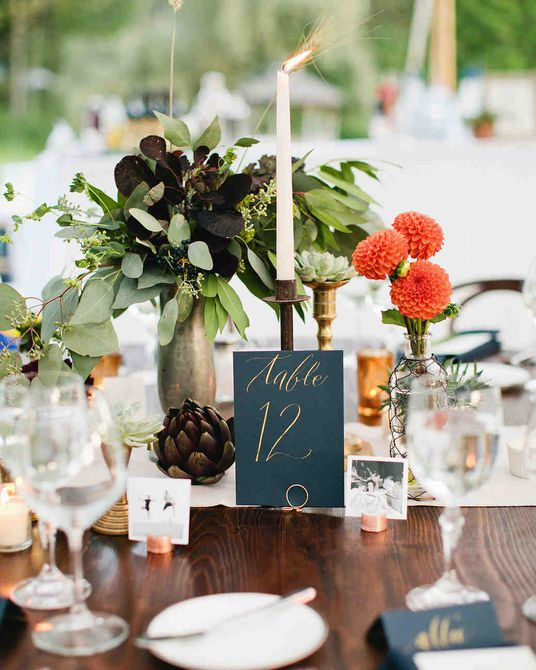 Centro de mesa de boda de alcachofa de otoño