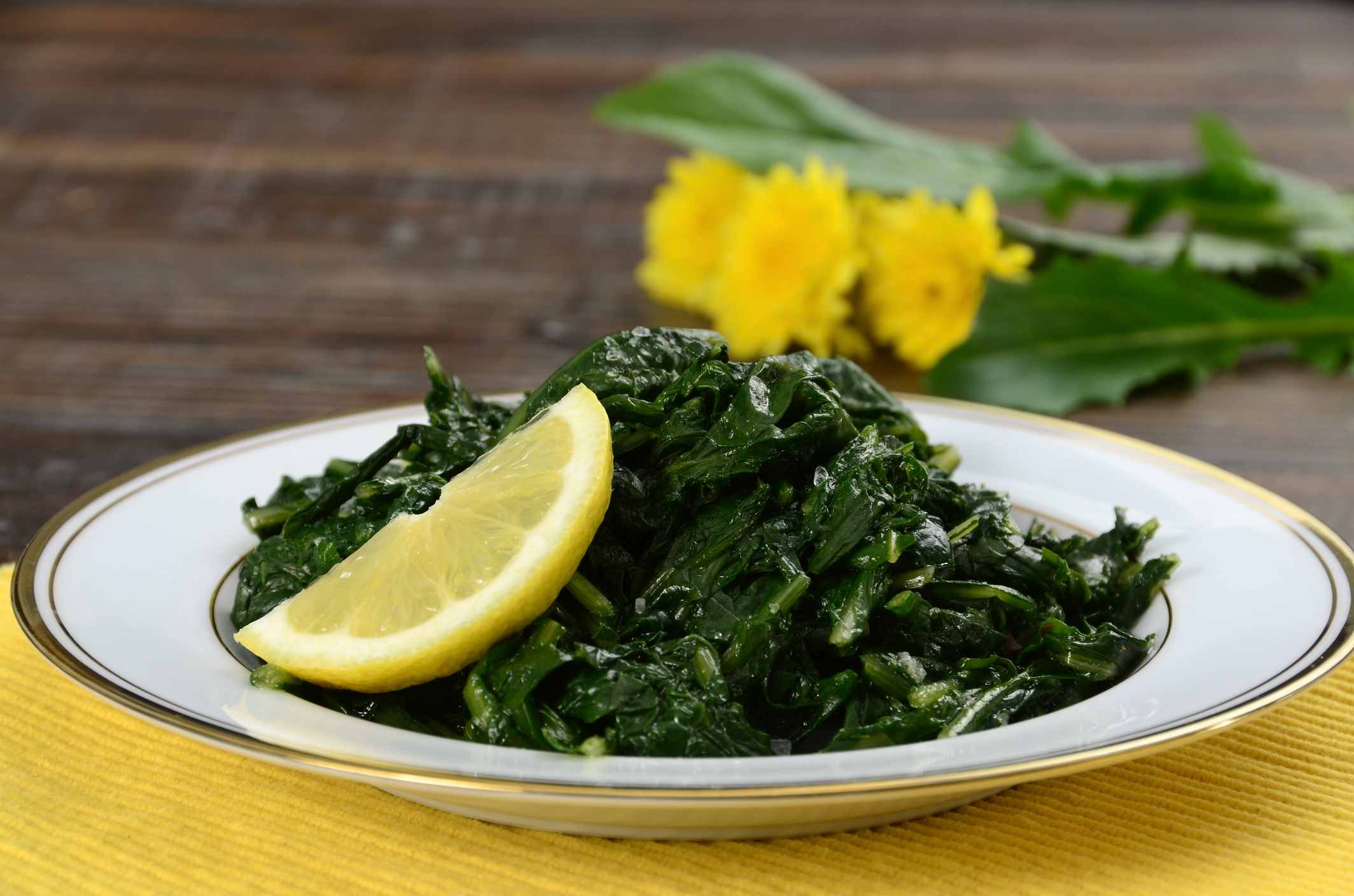 Dandelion Sauteed with Garlic and Olive Oil