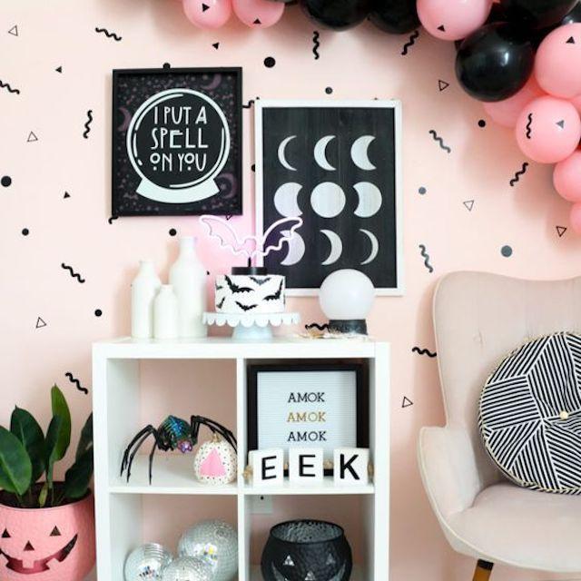 Viñeta negra y rosa de Halloween