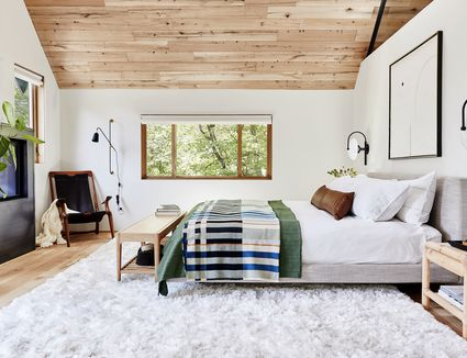 How to Choose the Right Area Rug for Under Your Bed