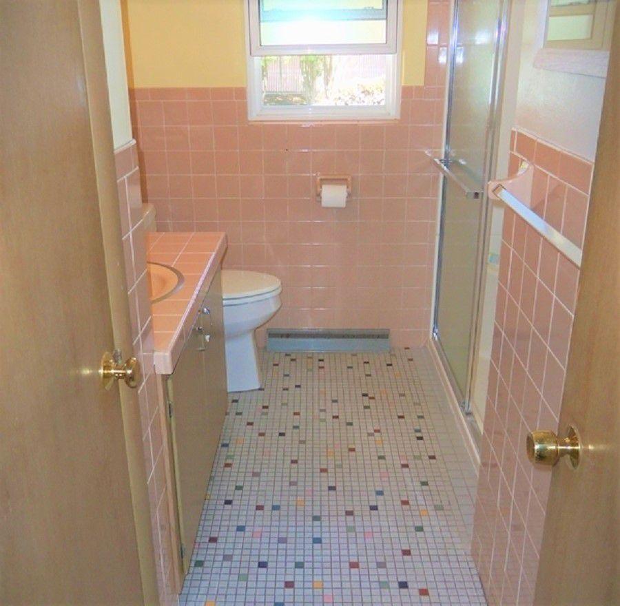 Manitowac Bathroom Remodel Before
