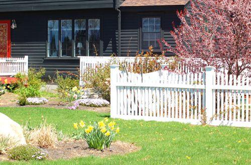 Landscape fence photo.