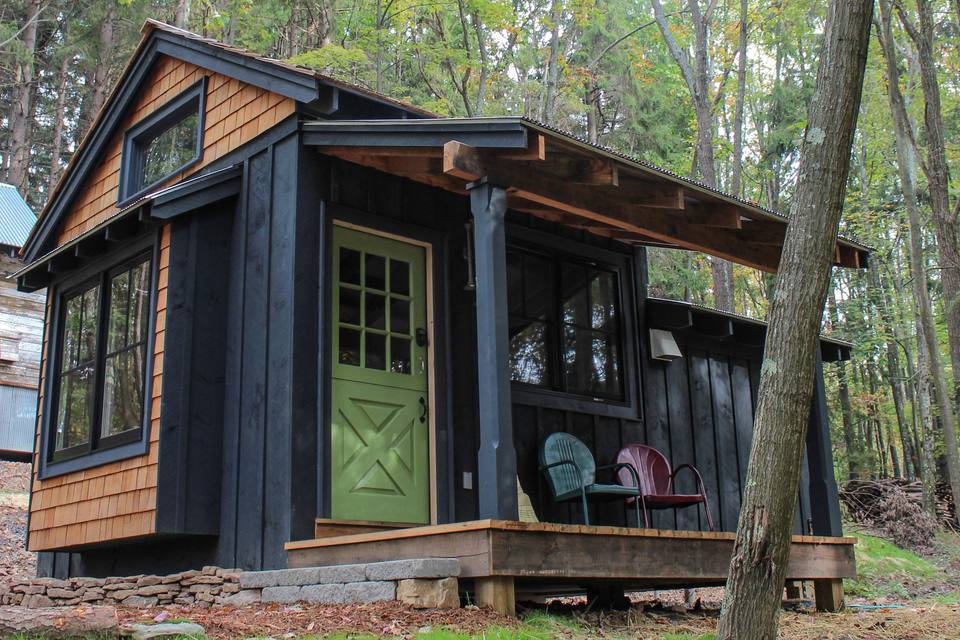 18 Small Cabins You Can DIY or Buy for $300 and up on small house building plans, small off-grid cabin plans, small log cabin homes plans, inexpensive homes to build plans,