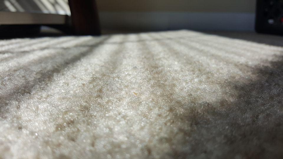 Primer plano de la alfombra en casa