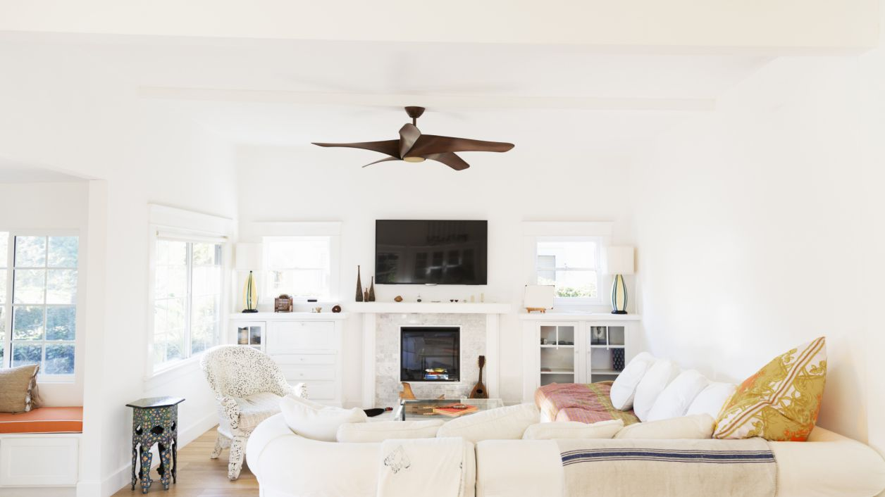 How To Stage A Living Room To Seal The Deal