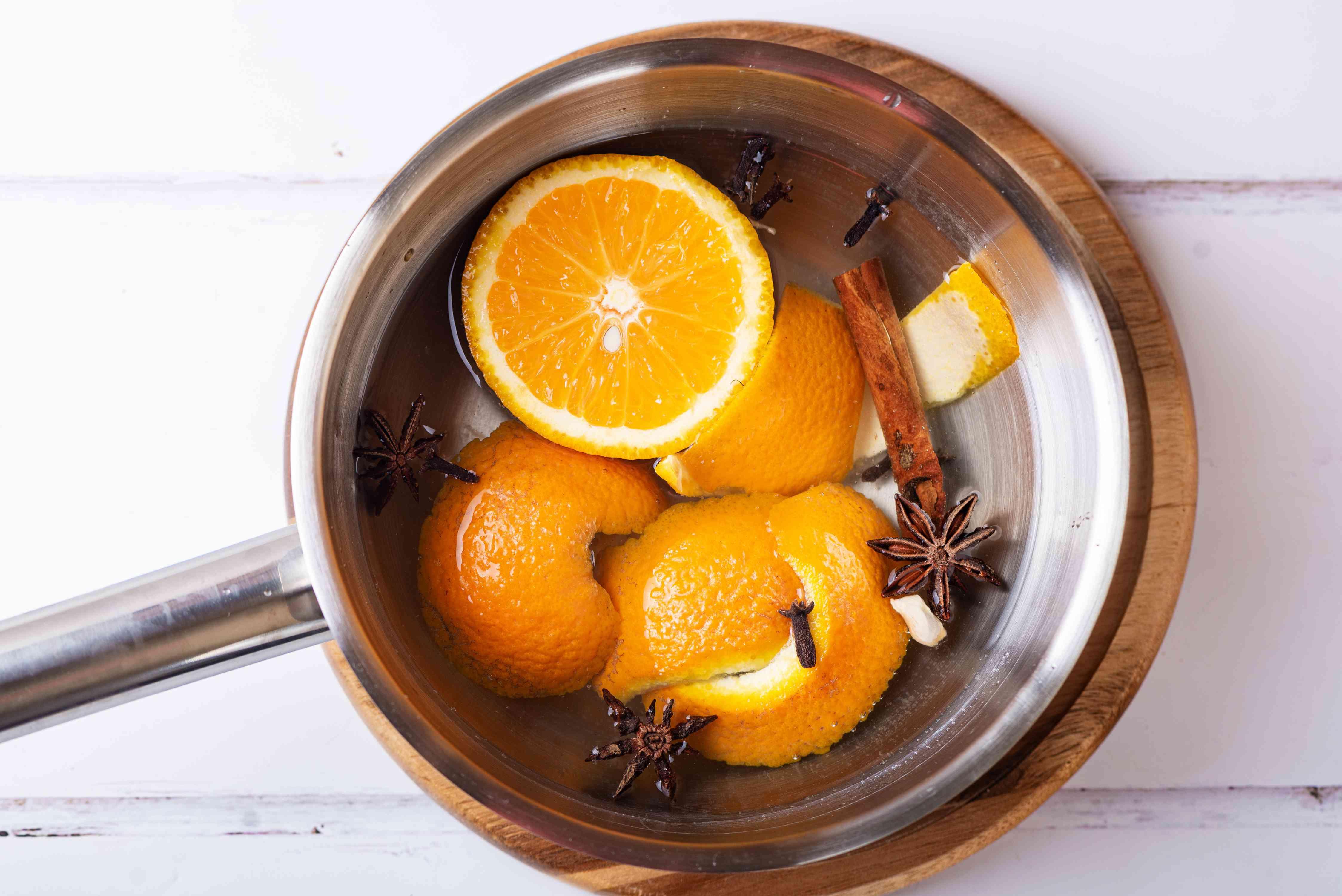 simmering scent pot