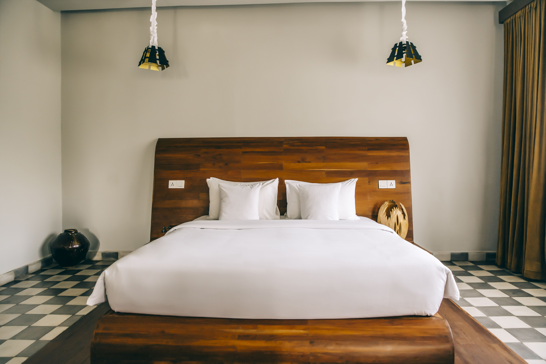 9 Ideas for Ceramic Tile for Bedroom Floors