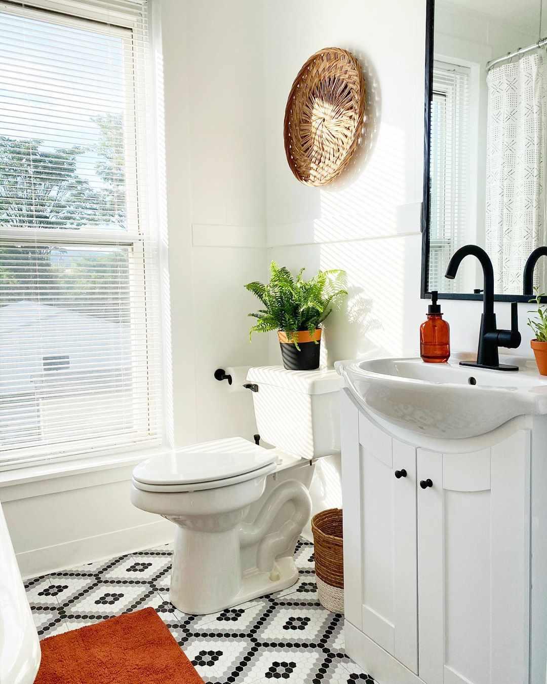 Bathroom with unique penny tile design floor