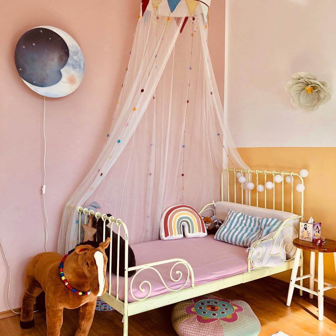 Embroidery hoop canopy bed
