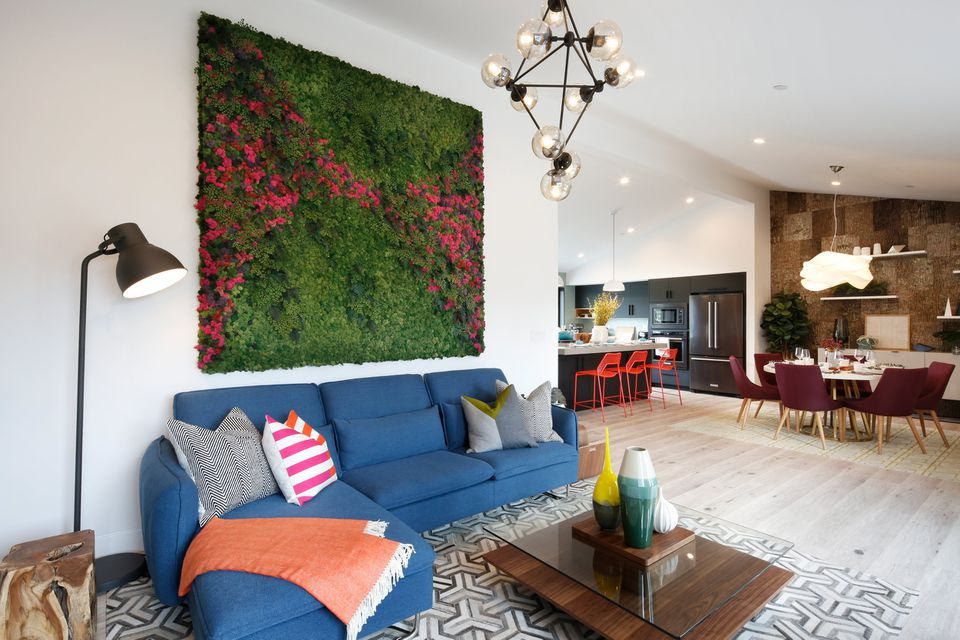 Planted wall seen on Property Brothers