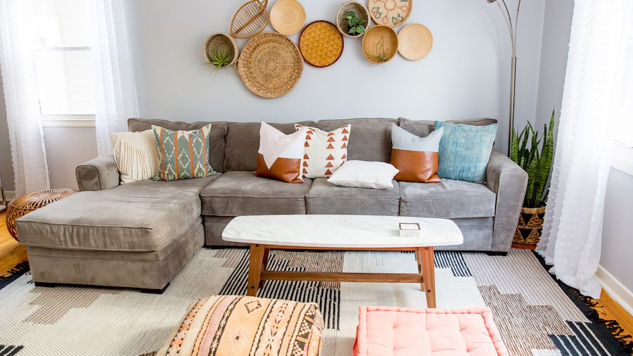 How to Mix and Match Throw Pillows Like a Pro