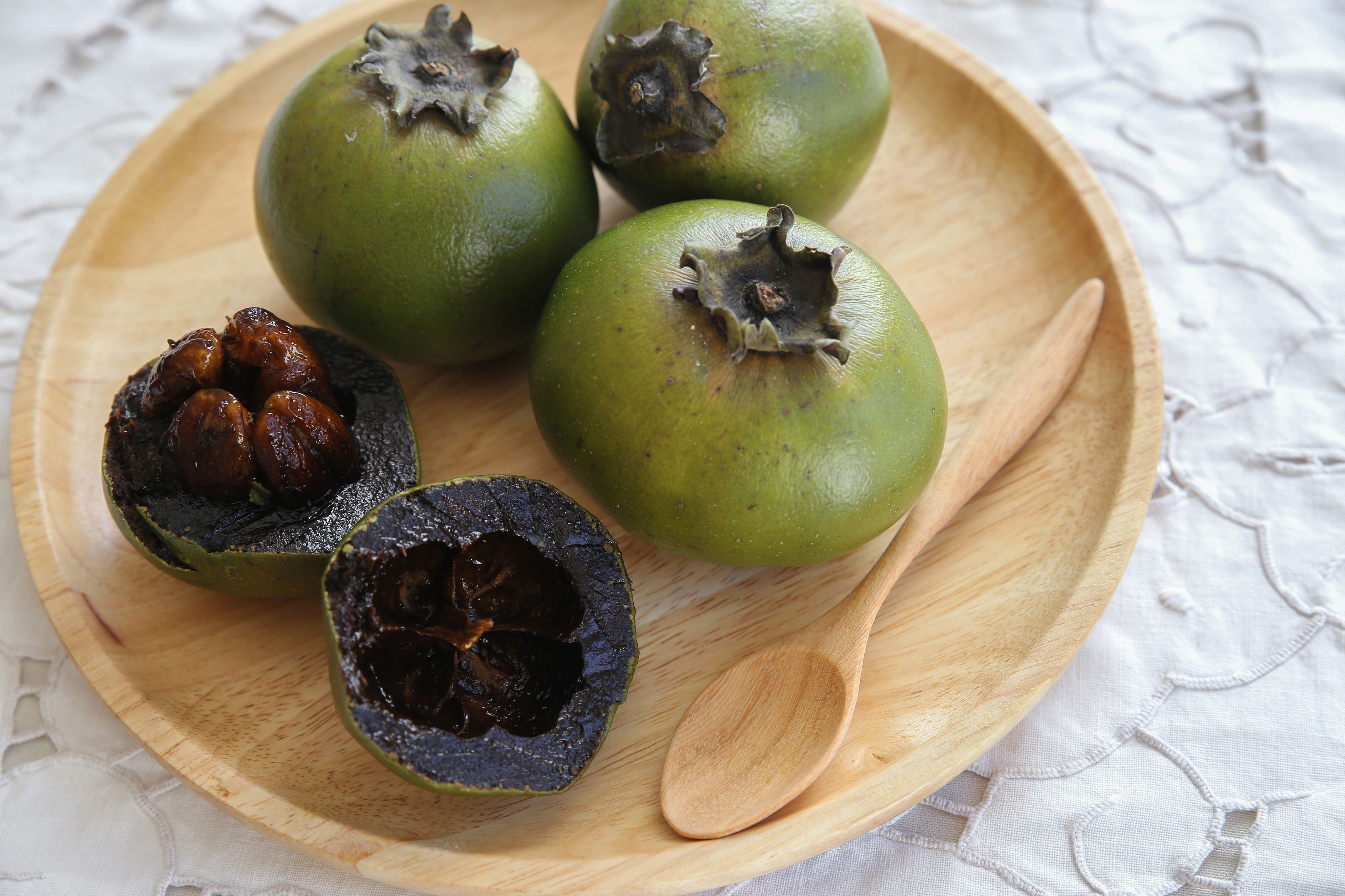 black sapote or chocolate pudding fruit 5ade1b333de f0e0
