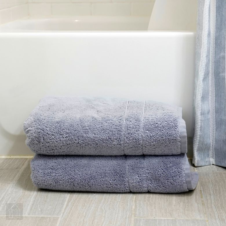 Brooklinen Super-Plush Bath Towels