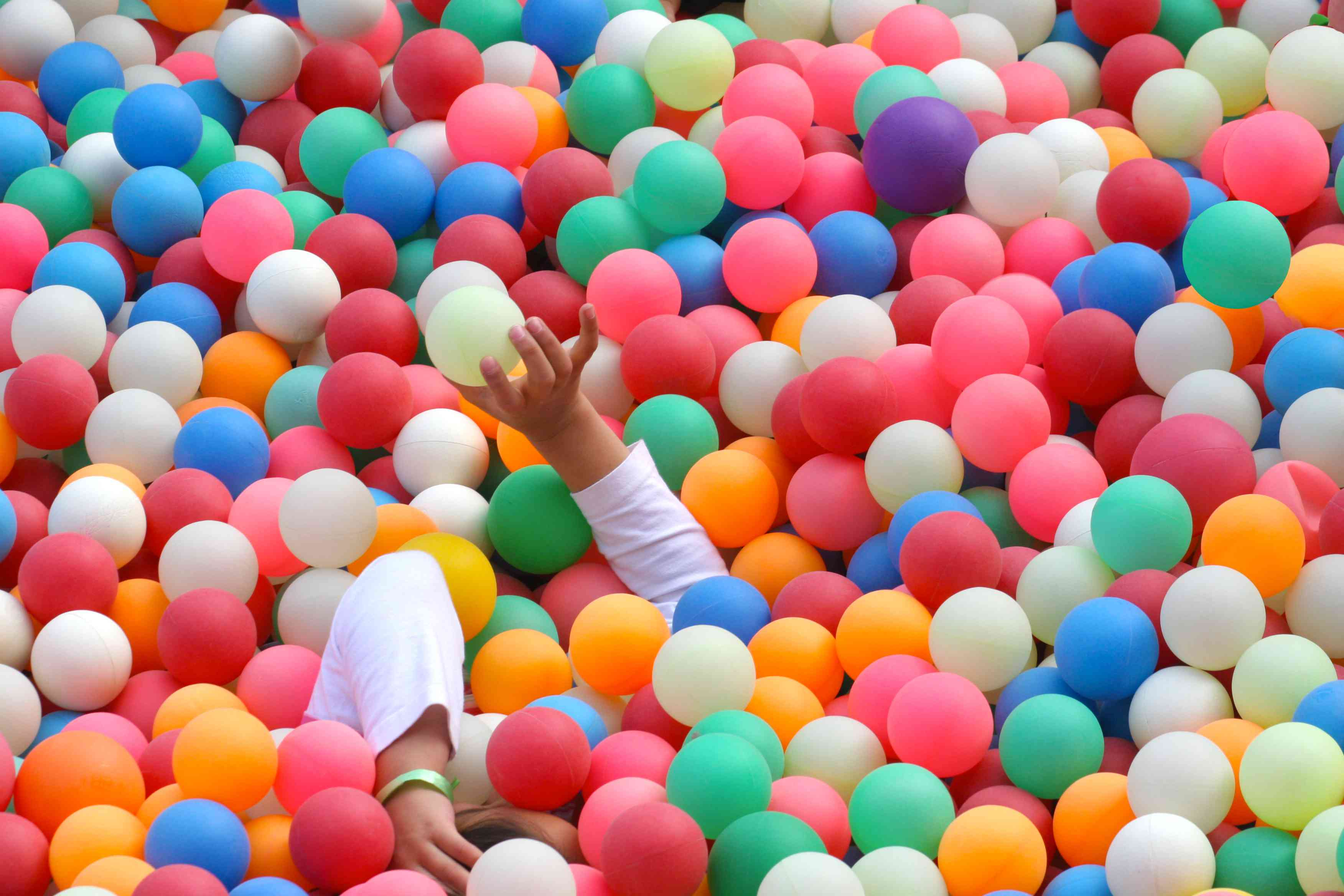 ball pool with colorful balls