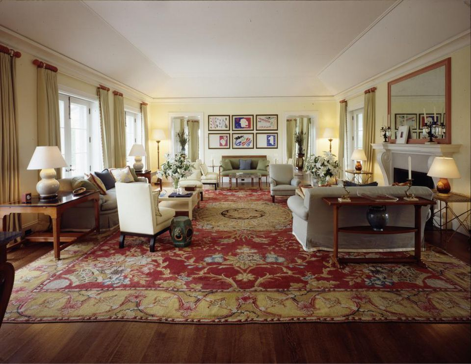 7 Things That Ruin Rugs and Carpet